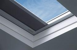 Окно для плоских крыш FAKRO DXF глухое зеркальный стеклопакет U6 без купола