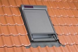 Наружная маркиза AMZ Z-WAVE SOLAR питание от солнечной панели