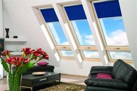 Двустворчатые мансардные окна с приподнятой осью поворота створки FAKRO FDY-V U3 Duet proSky